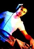 DJ plays set i Royalty Free Stock Photography