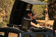 DJ in Rugby 7 voetbalgebied stock fotografie