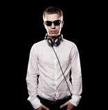 DJ sério com auscultadores Foto de Stock