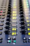 dj wyposażenia melanżeru muzyki s dźwięka styl Obrazy Royalty Free