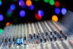 dj wyposażenia melanżeru muzyki s dźwięka styl Fotografia Royalty Free