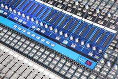 dj wyposażenia melanżeru muzyki s dźwięka styl Zdjęcia Royalty Free