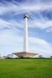 djakarta 20 december, 2016 Nationaal Monument van Djakarta, Indonesië over groene grassen Stock Fotografie