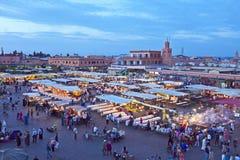 Djemaa el Fna市场在马拉喀什,摩洛哥 图库摄影
