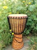 Djembe - tamburo fatto a mano dall'Africa occidentale Immagine Stock Libera da Diritti