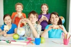 Déjeuner à l'école Photographie stock libre de droits