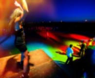 DJs выполняет в диско ночи Стоковое фото RF