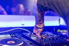 Djs. Music mixing night club Royalty Free Stock Images
