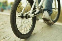 Djup av fältet, cykeldetaljer, typ och ramen Royaltyfri Bild