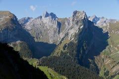 Djup dal på Saentis, Schweitz Royaltyfri Fotografi