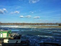 djupfryst flod Royaltyfri Bild