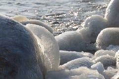 Djupfryst iskall Östersjön kust 15 Royaltyfri Fotografi