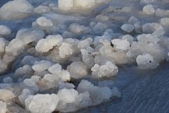 Djupfryst iskall Östersjön kust 17 Arkivbilder
