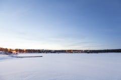 Djupfryst Lake Inari, Inari, Finland Arkivbild