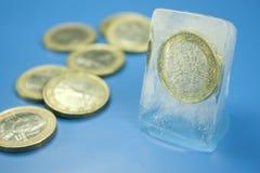 djupfryst pengar Fotografering för Bildbyråer