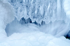 djupfryst vattenfall 2 Royaltyfri Fotografi