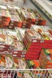 Djupfrysta foods i supermarket Royaltyfri Fotografi