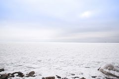 Djupfrysta Lake Superior Arkivfoto