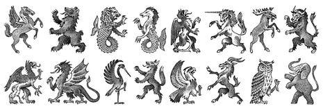 Djur för heraldik i tappningstil Inristad vapensköld med fåglar, mytiska varelser, fisk, drake, enhörning, lejon stock illustrationer