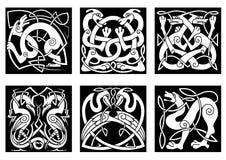 Djur och fåglar i celtic stil Arkivbild