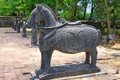 Djur staty i Tri Hue Imperial Tomb av kejsaren Thieu, Hue Vietnam UNESCOvärldsarv Royaltyfri Fotografi