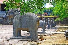 Djur staty i Tri Hue Imperial Tomb av kejsaren Thieu, Hue Vietnam UNESCOvärldsarv Arkivfoto