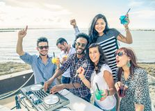 Dl plays music in a club Royalty Free Stock Images