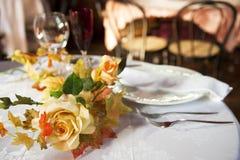 Dla dwa współmałżonków stołowy set Fotografia Royalty Free