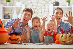 Dla Halloween rodzinny narządzanie Obrazy Royalty Free