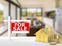 Dla sprzedaż znaka domu Zdjęcie Stock