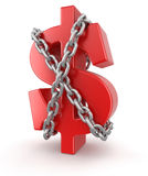 Dólar y cadena (trayectoria de recortes incluida) Fotografía de archivo