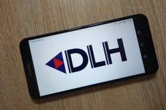 DLH Holdings Corp logo visualizzato sullo smartphone fotografie stock libere da diritti