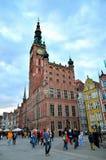 Dlugi Targ广场的城镇厅 免版税库存图片