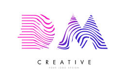 DM D M Zebra Lines Letter Logo Design mit magentaroten Farben Lizenzfreies Stockfoto