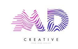 DM M D Zebra Lines Letter Logo Design avec des couleurs magenta Photographie stock libre de droits