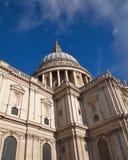 Dôme de la cathédrale de Paul de saint, Londres Photo stock