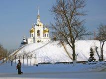 Dmitrov克里姆林宫看法在冬天 免版税库存照片