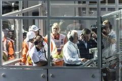 Dmitry Kozak, así como director Charlie Whiting de la raza de la FIA adentro Imagenes de archivo