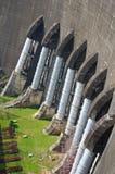 dämma av vattenkraftstationen Arkivbilder
