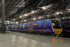 Dmu In Leeds Station With Manchester Train. Stock Photo