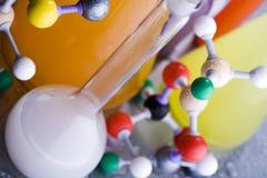 DNA-Struktur und Labor Lizenzfreie Stockbilder