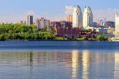Dnepropetrovsk (Dnepr, Dnipro) i morgonen, arkivfoto