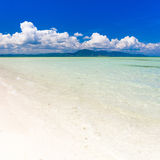 Dnia tropikalny morze Obrazy Stock