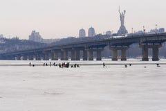 dnieper παγωμένος ποταμός Ουκρ& Στοκ Εικόνες