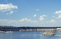 Dnieper水力发电的驻地 免版税库存图片