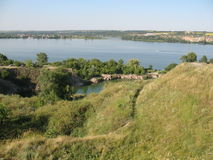 Dnieper flod, det stadsDnipro hemlandet Ukraina Arkivbilder