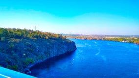 Dnipro河在市Dnipro乌克兰 免版税库存图片