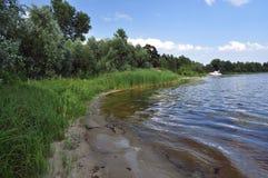 Dnipro brzeg rzeki, jacht Zdjęcie Stock