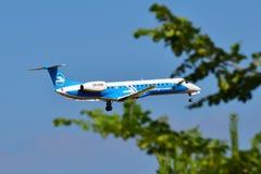 Dniproavia巴西航空工业公司ERJ-145 免版税库存图片