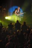 Dnipropetrovsk Ukraina Oktober 31, 2012: Matthias Jabs från skorpionrockband Royaltyfri Fotografi